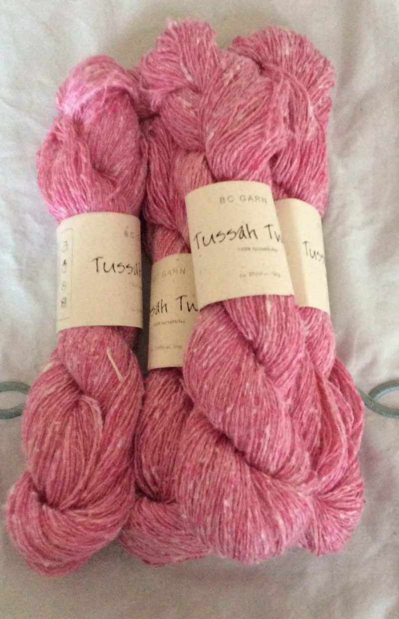 Pink tussah tweed yarn